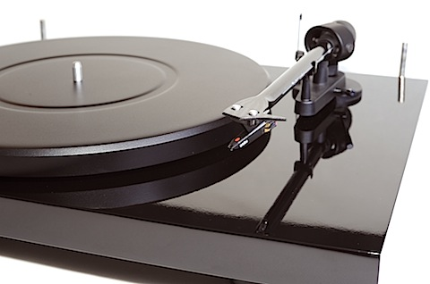Pro-Ject Debut Carbon Review